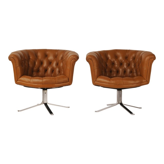 Tufted Swivel Chairs in Carmel Leather by Nicos Zographos - A Pair For Sale