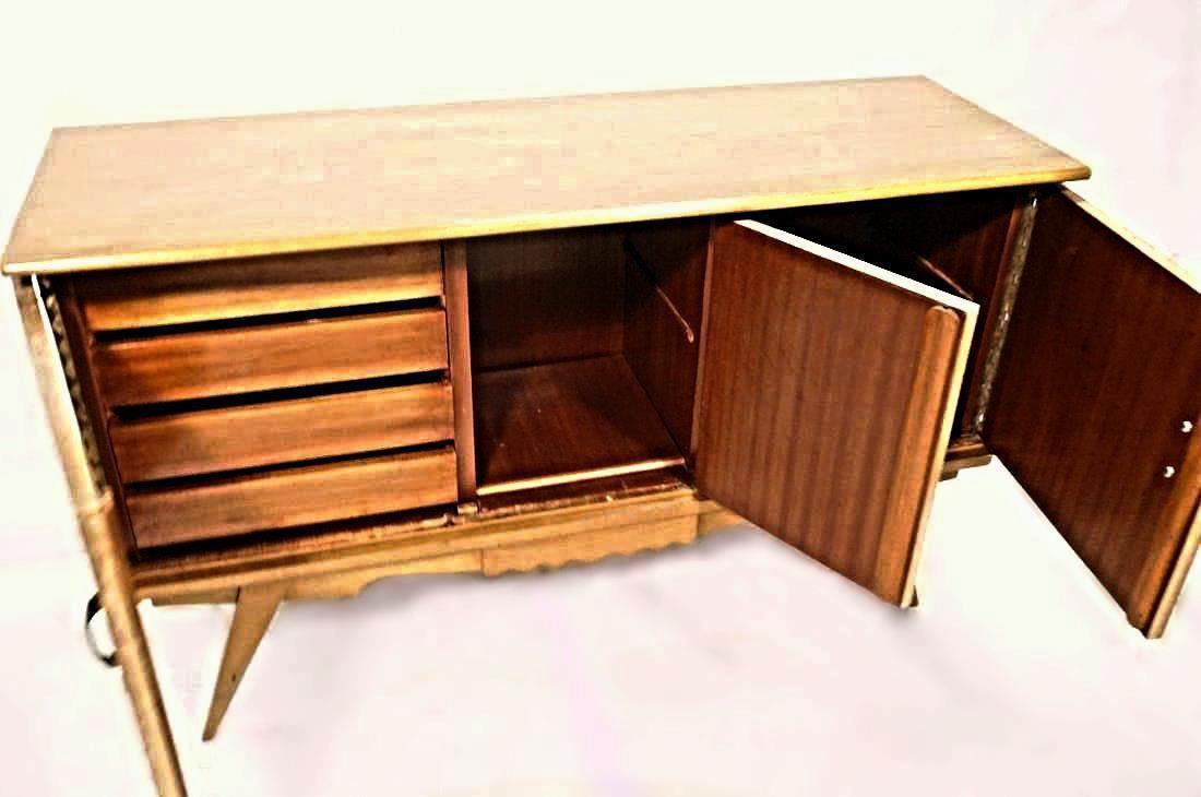 Mid Century Modern Blonde Wood Credenza   Image 5 Of 7