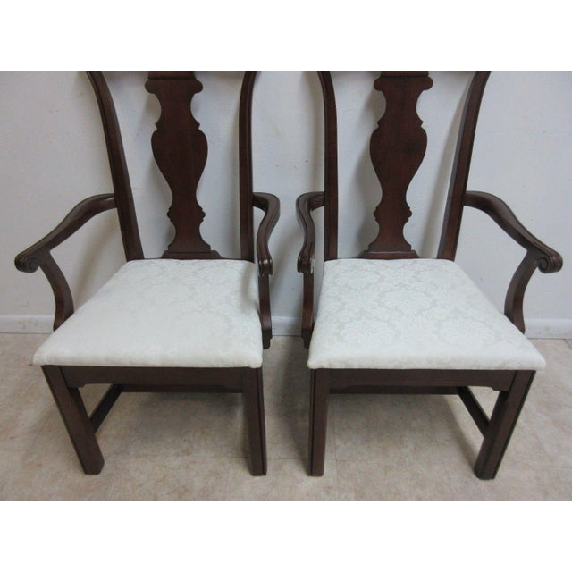 Pennsylvania House Cherry Shell Carved Dining Room Arm Chairs - Set of 4 For Sale In Philadelphia - Image 6 of 11