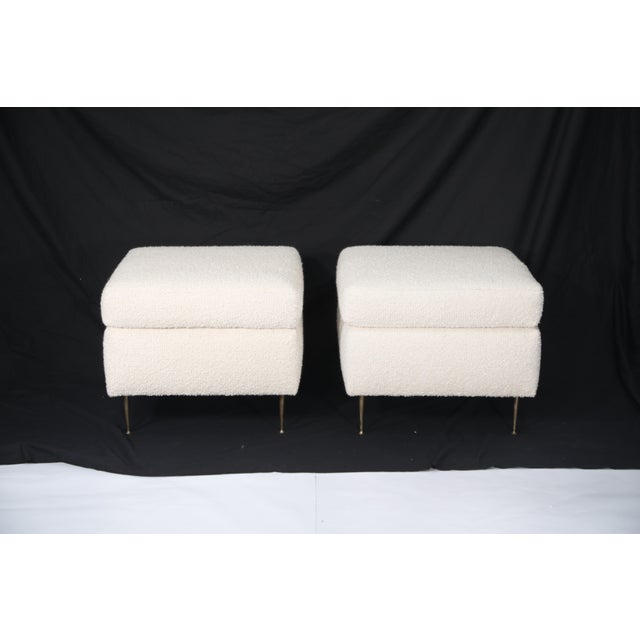 Gigi Radice Pair of Italian Mid-Century Modern White Boucle Ottomans on Brass Legs For Sale - Image 4 of 12