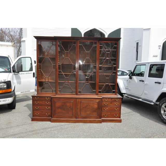Period 18th Century George III Mahogany Breakfront Bookcase For Sale In Boston - Image 6 of 7