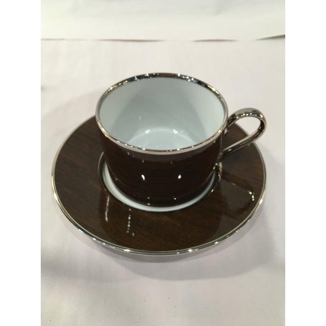 Marc Blackwell Mahogany Coffee Pot & 2 Coffee Cups - Image 4 of 7