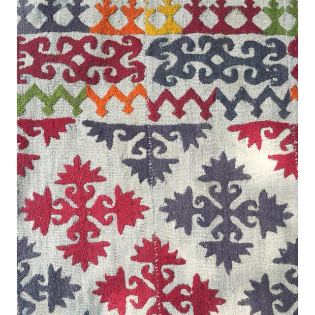 1950s Boho Chic Embroidered Kilim With Pop Colors For Sale In Los Angeles - Image 6 of 8