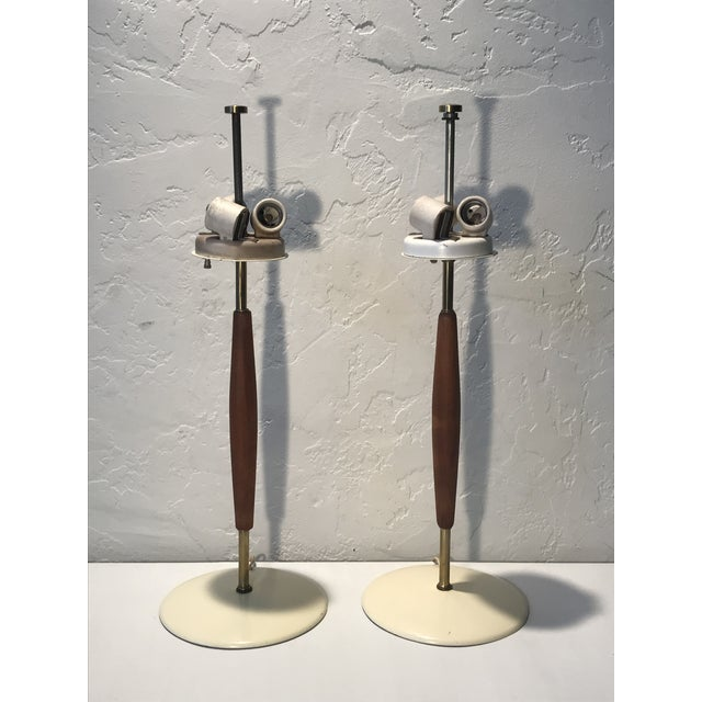 1950s Gerald Thurston for Lightolier Brass and Walnut Lamps - a Pair For Sale - Image 10 of 10