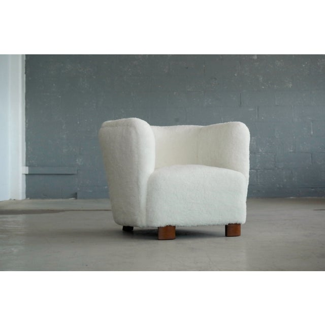 1920s Viggo Boesen Style Lounge Chair Covered in Lambswool by Slagelse Mobelvaerk For Sale - Image 5 of 9