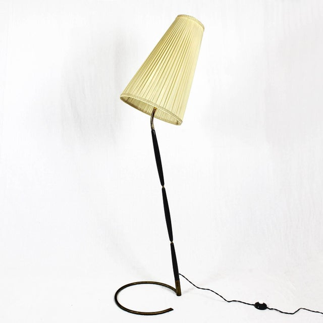 Mid-Century Modern 1940´s Floor Lamp by Giuseppe Ostuni, stained mahogany, brass - Italy For Sale - Image 3 of 11
