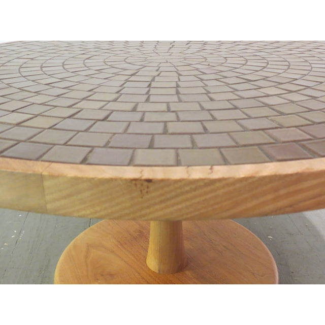Vintage Round Martz Tile Top Coffee Table - Image 6 of 7