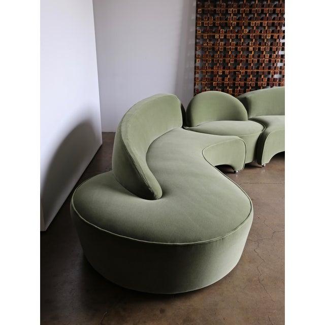 "Vladimir Kagan ""Comete"" Sofa for Roche Bobois, 2003 - Set of 3 For Sale - Image 12 of 13"