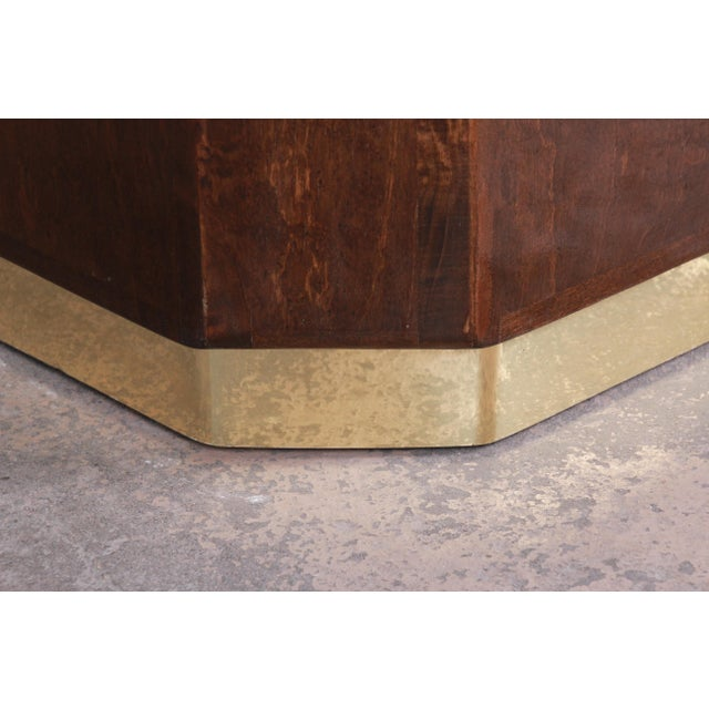 1970s Milo Baughman for Thayer Coggin Maple and Brass Cube Side Table For Sale - Image 5 of 9