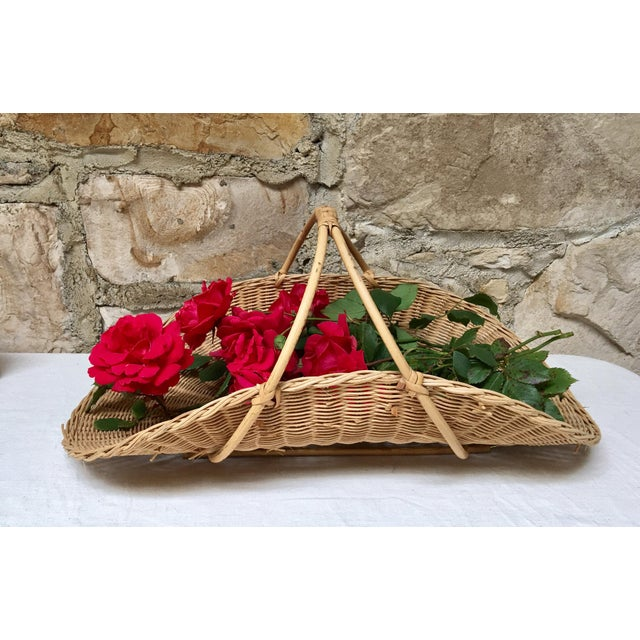Form & function with this vintage wicker & rattan handled flower gathering basket from the 70's. So many possibilities.