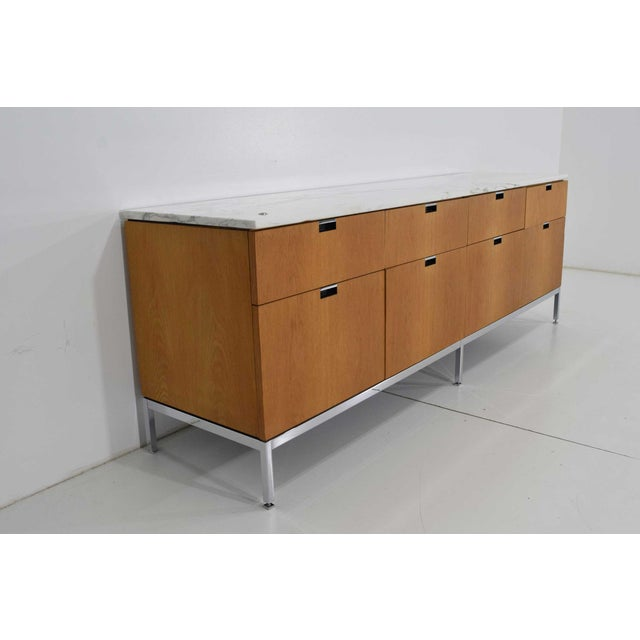 Mid-Century Modern Florence Knoll Credenza in White Oak and Calacutta Marble For Sale - Image 3 of 10