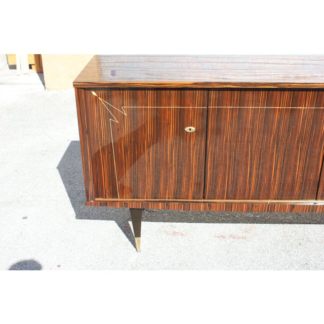 1940s French Art Deco Macassar Ebony Sideboard/Buffet For Sale In Miami - Image 6 of 13