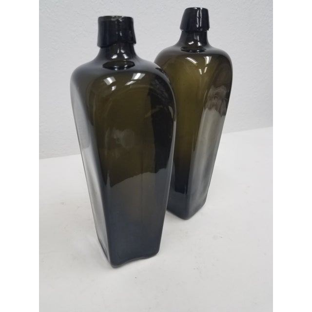 English Antique English Pair of Green Bottles For Sale - Image 3 of 10