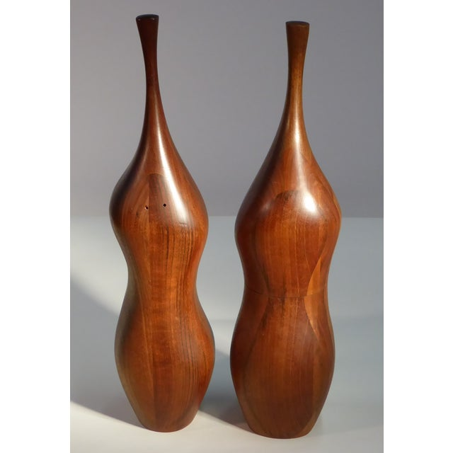 Brown Pair of Organic Walnut Salt & Pepper by Daniel Loomis Valenza Design For Sale - Image 8 of 10