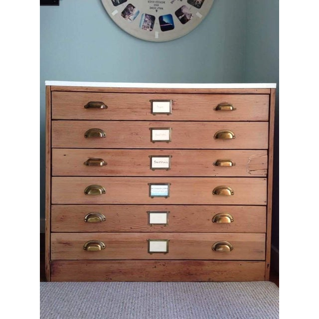 Contemporary Carved Oak & Laminate 6-Drawer Flat File Cabinet - Image 2 of 7