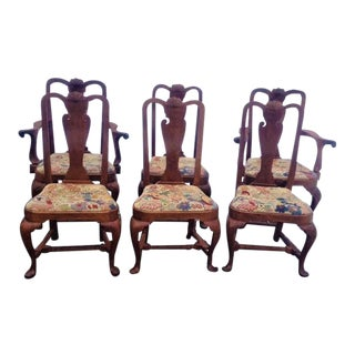 Late 20th Century Walnut Philadelphia Queen Anne Style Dining Chairs- Set of 6 For Sale