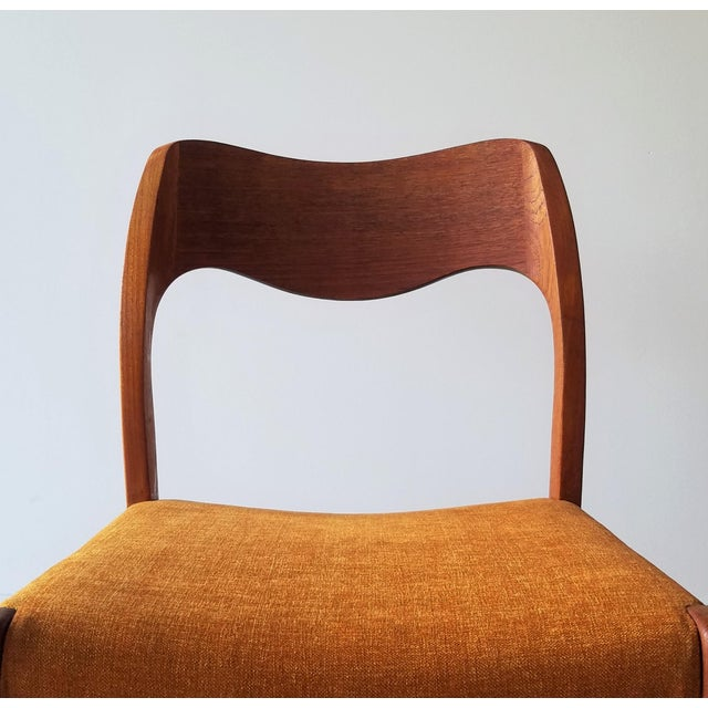 Newly Upholstered 1960s Niels Moller Model 71 Dining Chairs - Set of 6 For Sale - Image 10 of 13