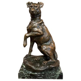 Early 20th Century French Patinated Bronze Hunt Dog Sculpture Signed T. Cartier For Sale