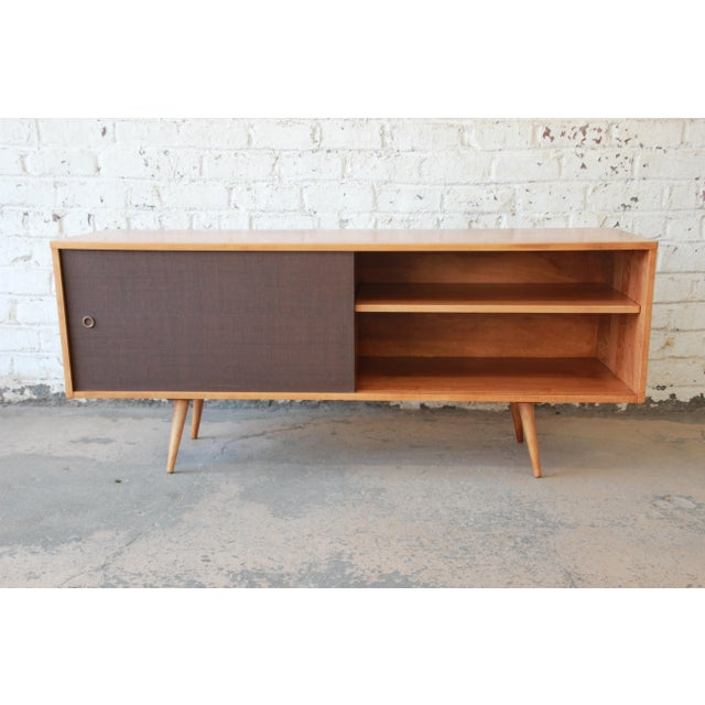 Planner Group Paul McCobb Planner Group Credenza or Record Cabinet For Sale - Image 4 of 12