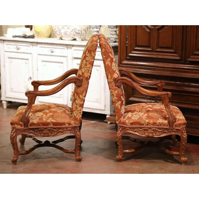 French 19th Century Louis XV Carved Walnut Armchairs From Provence - a Pair For Sale - Image 3 of 13
