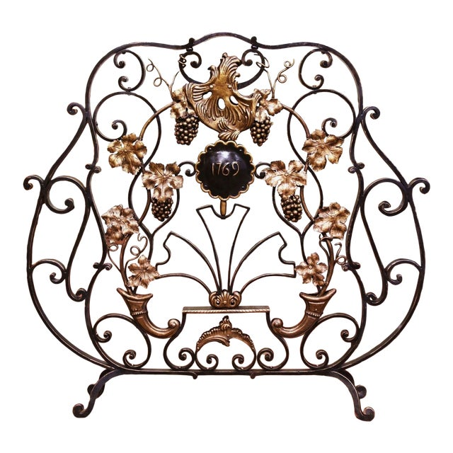 Mid-20th Century French Louis XV Wrought Iron Fireplace Screen With Vine Motifs For Sale