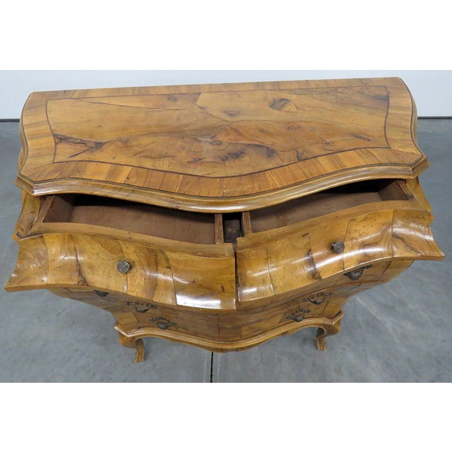 Early 20th Century Italian Louis XV Style Bombe Commode For Sale - Image 5 of 13