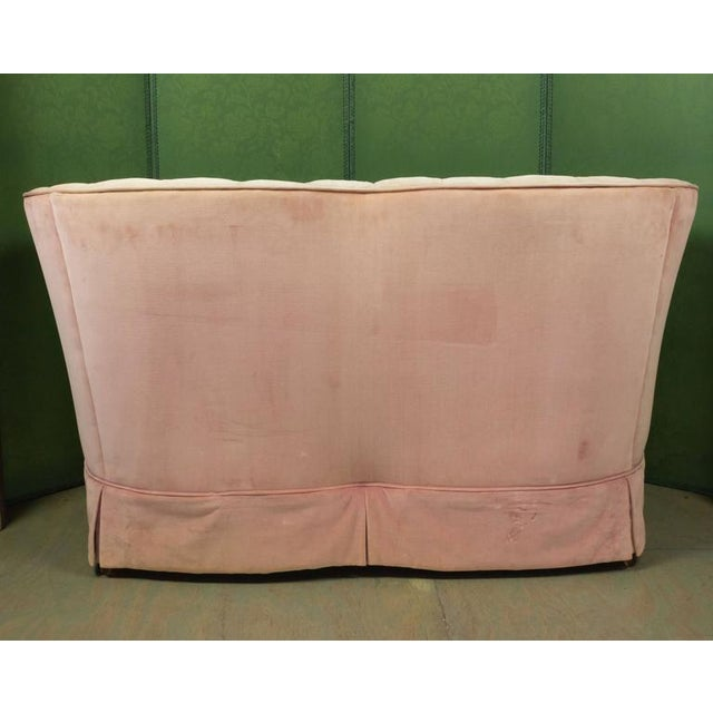 Small Pink Velvet Settee - Image 6 of 11