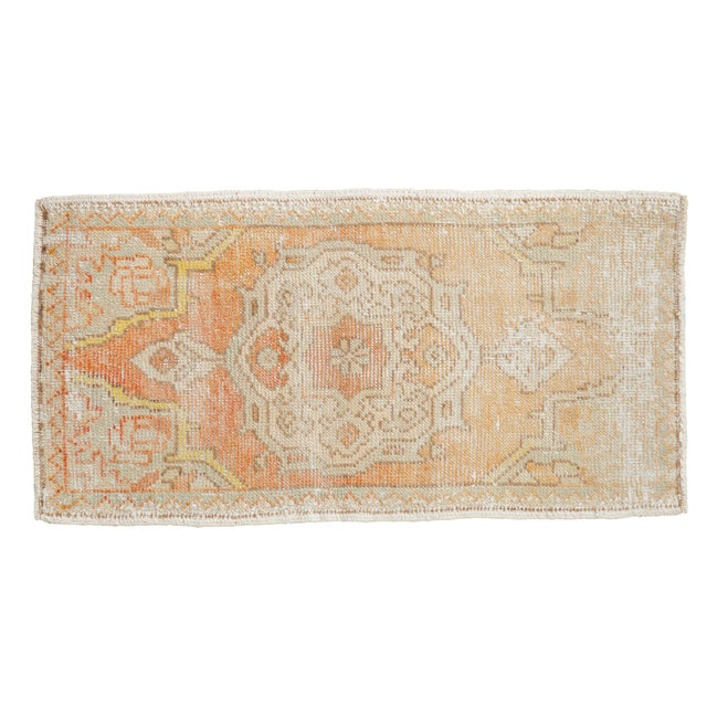 "Textile Vintage Distressed Oushak Rug Mat - 1'7"" X 3'1"" For Sale - Image 7 of 7"