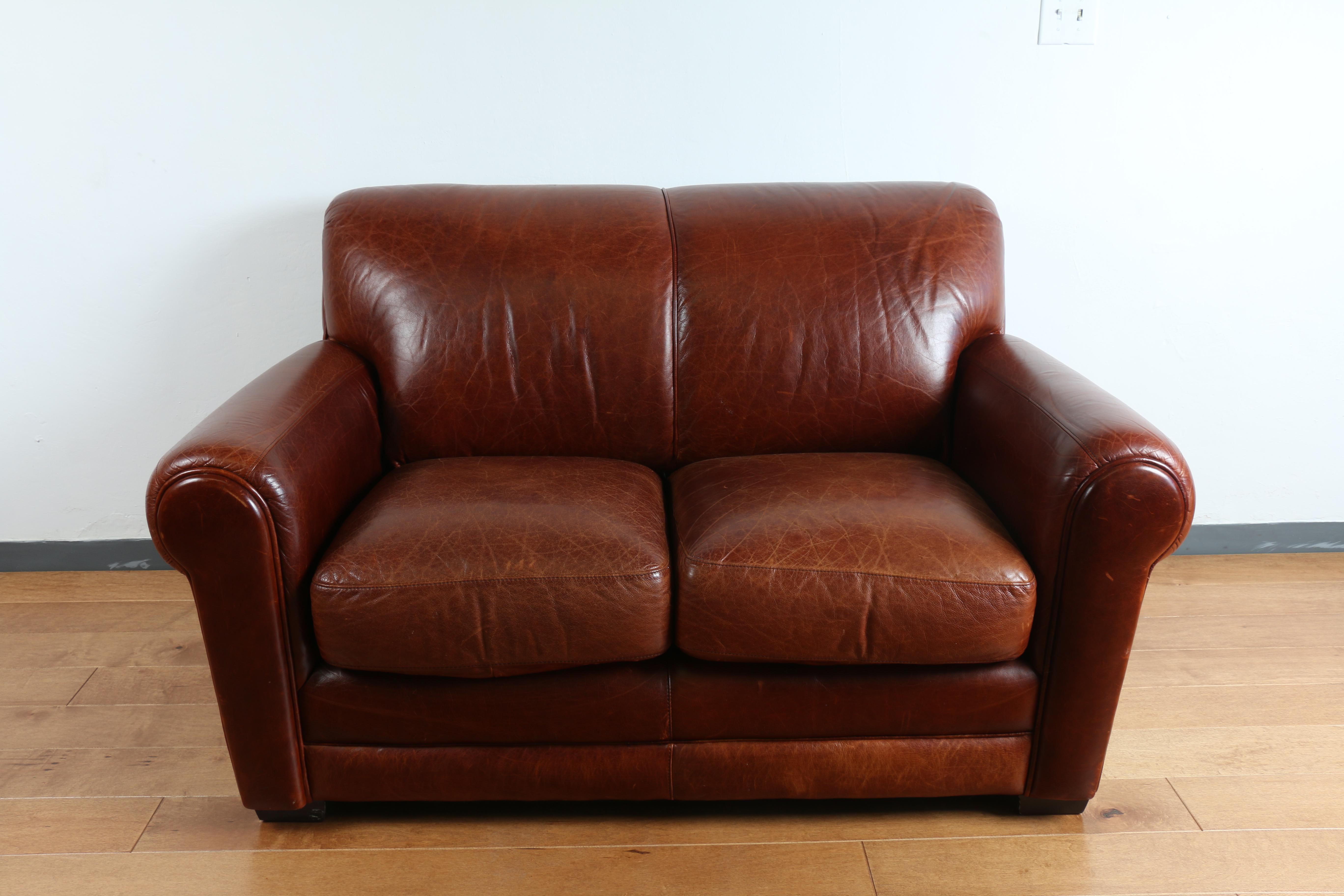 Robinson And Robinson Leather Love Seat Chairish