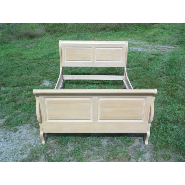 Vintage Ethan Allen Country French Bisque Birch Full Double Sleigh Bed - Image 3 of 11