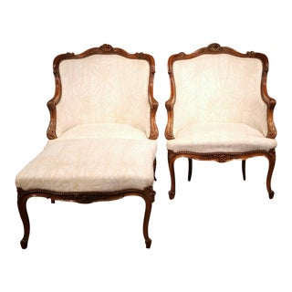 19th Century French Louis XV Carved Walnut Duchesse Brisee - Set of 3 For Sale
