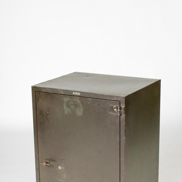 Edwardian 1900 English Steel Cabinet With One Door For Sale - Image 3 of 5