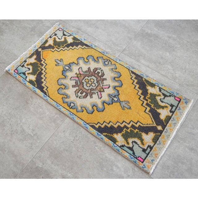 """Dimensions: 17.7"""" x 37.8"""" Excluding Fringe Material : Wool on cotton. Age: About 30-40 years old Weight: ~ 2lbs"""