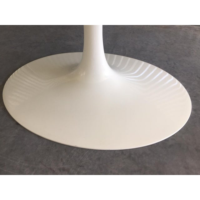 "Authentic Knoll Eero Saarinen 78"" Oval Arabescato Marble Dining Tulip Table For Sale - Image 9 of 13"