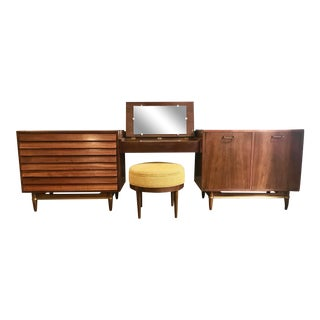 Rare Mid Century Modern American of Martinsville Modular Unit W/Floating Vanity For Sale