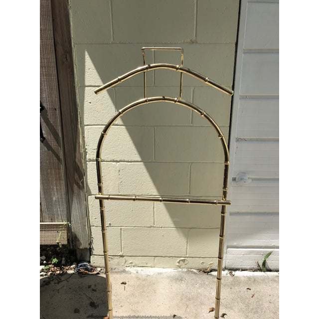 Regency Style Brass Bamboo Standing Valet For Sale - Image 4 of 5