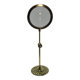 Vintage 1930s Art Deco English Traditional Adjustable Stand Magnifying Glass in Polished Brass For Sale