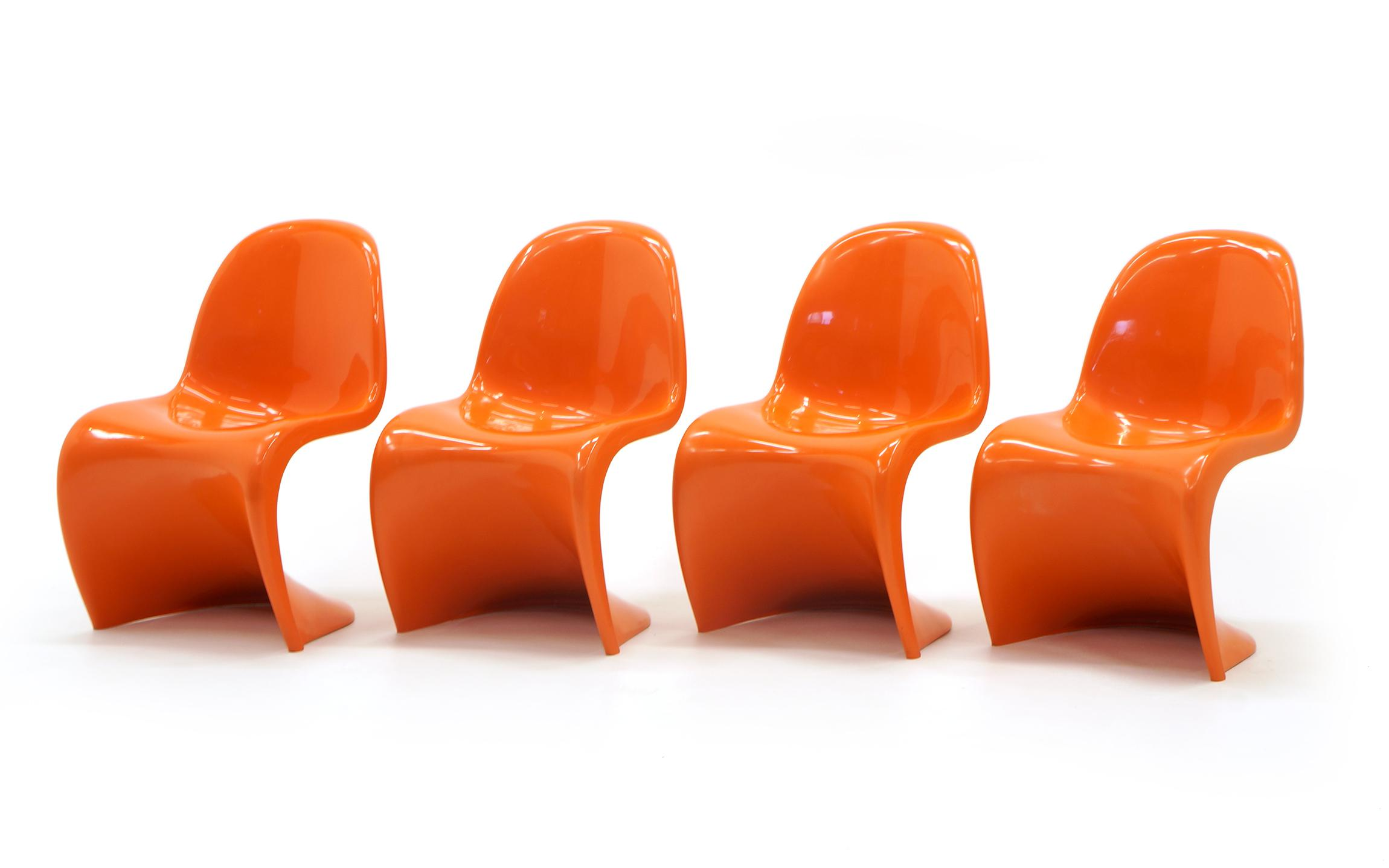 Set Of Seven Orange Verner Panton S Chairs, Early Herman Miller Production    Image 3