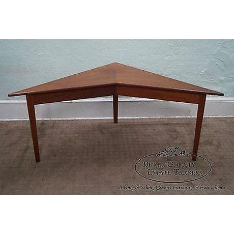 Mid Century Modern Studio Made Triangle Boomerang Low Table For Sale In Philadelphia - Image 6 of 13