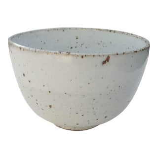 White Rustic Modern | Boho Chic Speckled Bowl | Ramen Noodle Bowl | Serving Bowl | Mixing Bowl | Decorative Bowl | IV For Sale