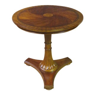 1980s Traditional Ethan Allen Round Accent Table For Sale