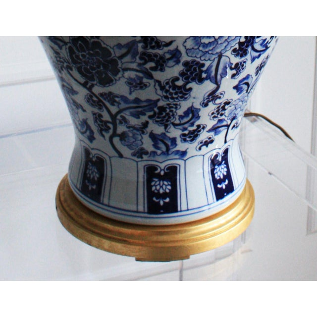 Asian Vintage Ralph Lauren Chinoiserie Blue & White Marlena Table Lamps - A Pair For Sale - Image 3 of 4