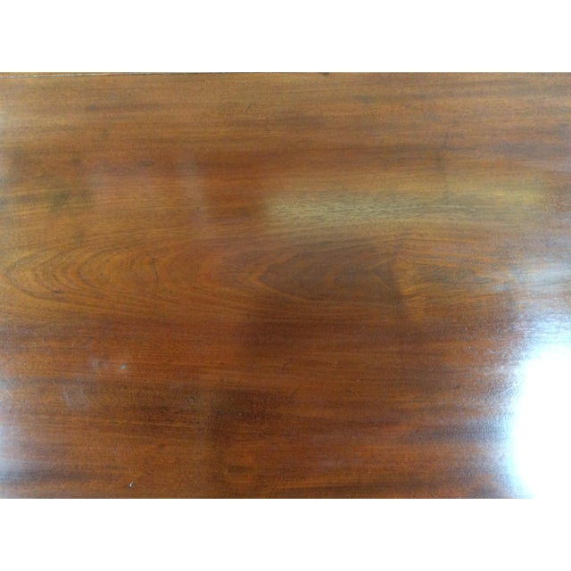 Purple 19th Century American Classical Mahogany Drop Leaf Table For Sale - Image 8 of 9