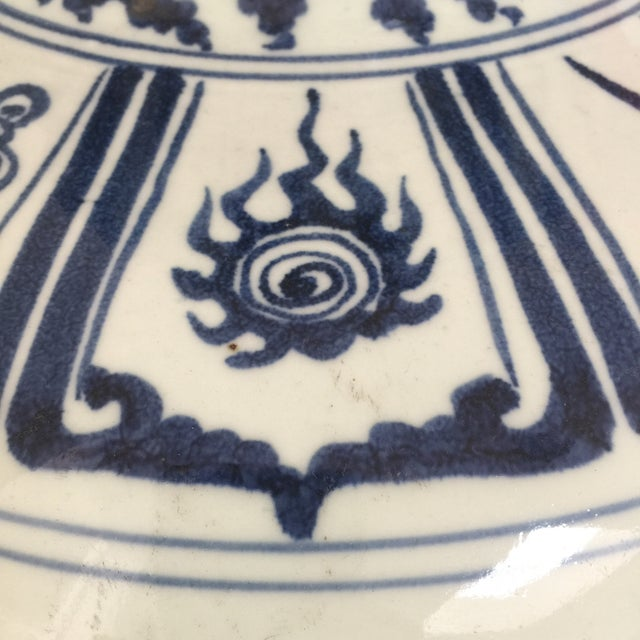 Ceramic Chinese Blue and White Double-Gourd Form Porcelain Vases - a Pair For Sale - Image 7 of 10