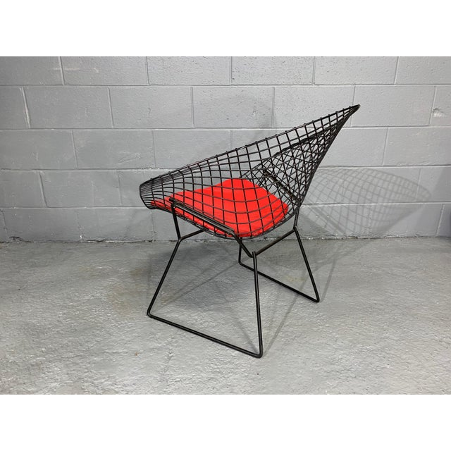Black Harry Bertoia for Knoll Mid-Century Modern Diamond Chair With Red Seat C. 1952 For Sale - Image 8 of 13