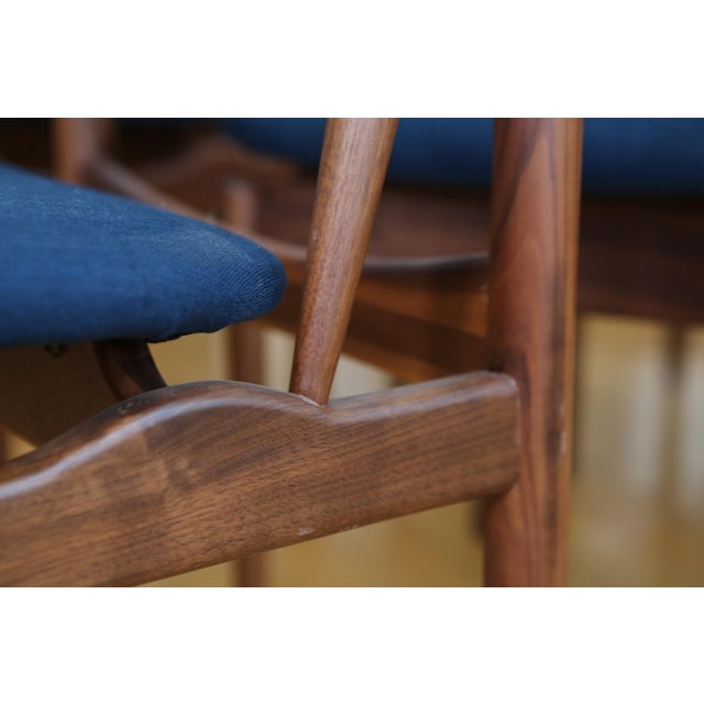 Mid Century Modern Teak Dining Chairs in Navy Blue - Set of 8 For Sale - Image 5 of 11