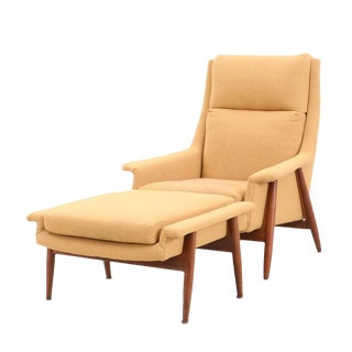 1960's Vintage Milo Baughman Mid-Century Modern Tall Back Lounge Chair and Ottoman For Sale