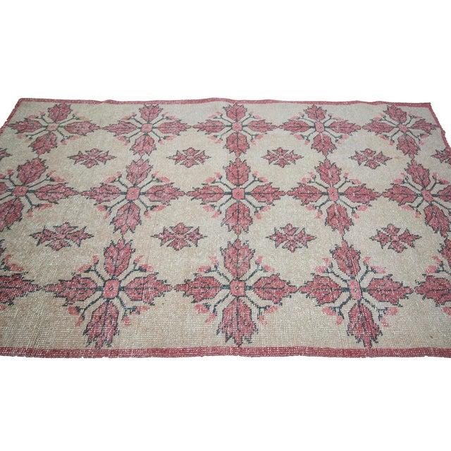 Traditional 1960s Vintage Worn Turkish Floral Rug- 4′1″ × 7′ For Sale - Image 3 of 7