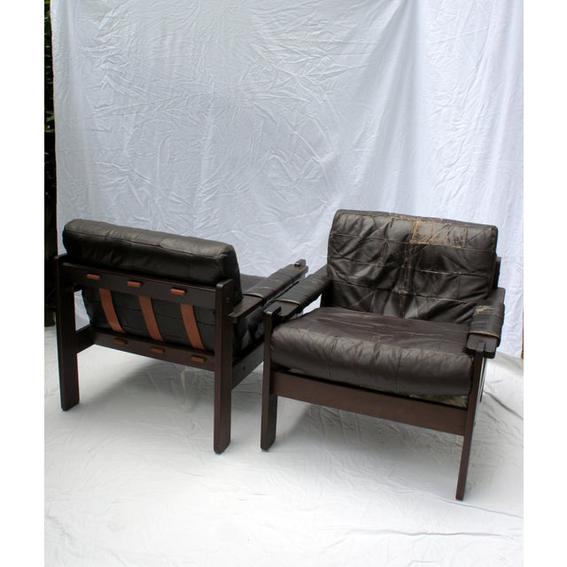 Percival Lafer 1960s Vintage Moveis Corazza Brazil Distressed Leather and Jatoba Wood Club Armchairs - a Pair For Sale - Image 4 of 11