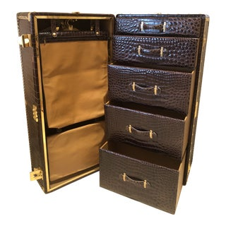 1980s Traditional Gucci Alligator Skin Trunk For Sale